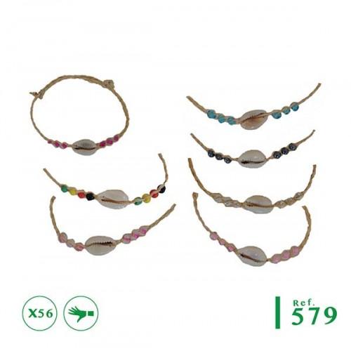 7ed89a66a300a1 B-579 - Lot de 56 bracelets rafia et cauri
