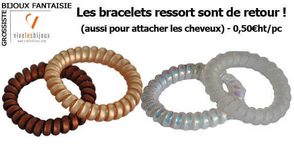 Bracelets et chouchous à la fois